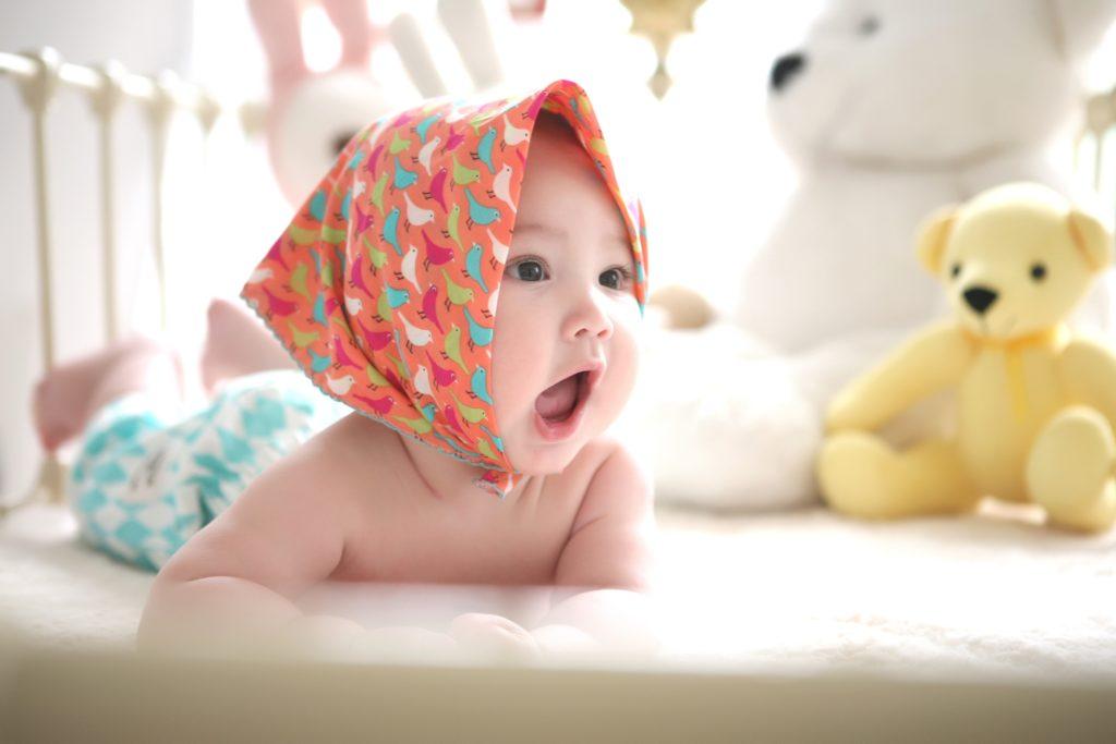 うつぶせの赤ちゃん